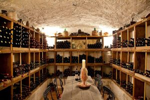 Strolling through Ischia's wine cellars